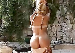 hawt blond vega vixen plays her melons and pussy
