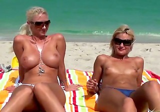 the appealing bodied blond girlfriends jc simpson